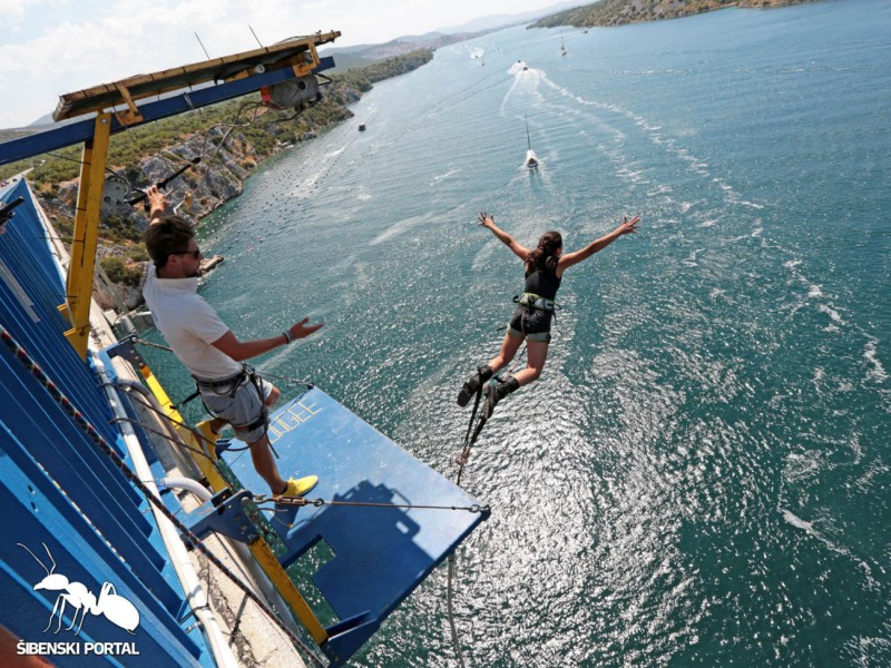bungee-jumps-most-5